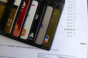 kredyt-konsolidcyjny-za-i-przeciw-kiedy-sie-oplaca
